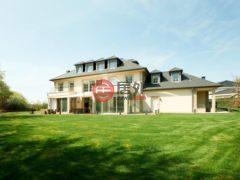 居外网在售卢森堡7卧7卫的房产总占地1804平方米