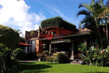 居外网在售墨西哥库埃纳瓦卡7卧7卫的房产总占地1902平方米
