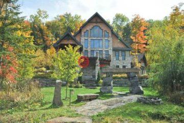 居外网在售加拿大4卧3卫特别设计建筑的房产总占地18195平方米CAD 1,150,000