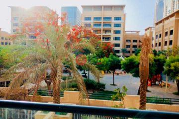 居外网在售阿联酋3卧3卫局部整修过的房产总占地192平方米AED 2,380,000