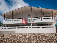 居外网在售荷兰加勒比区克拉伦代克5卧3卫的房产总占地1821平方米USD 795,000