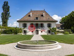 居外网在售瑞士梅涅总占地500000平方米的商业地产
