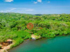 居外网在售洪都拉斯Roatán的房产总占地6070平方米USD 49,000