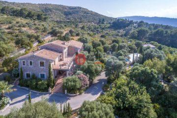 居外网在售西班牙7卧6卫曾经整修过的房产总占地22400平方米EUR 2,250,000