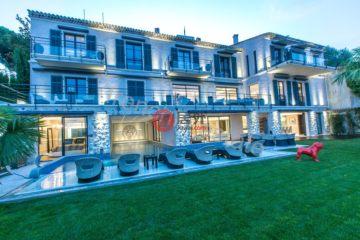 居外网在售法国Cannes7卧的房产总占地1000平方米EUR 29,500,000