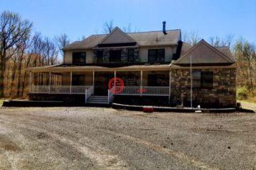 居外网在售美国Monmouth Junction6卧6卫的房产总占地488平方米USD 1,460,000