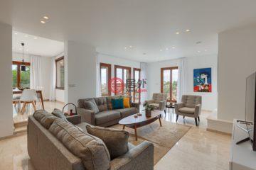 居外网在售塞浦路斯4卧5卫新开发的房产总占地1690平方米EUR 1,600,000