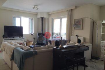 居外网在售希腊3卧1卫原装保留的房产总占地150平方米EUR 330,000
